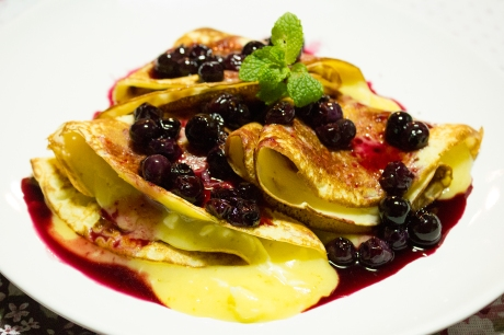 crepe_blueberry_lemoncurd